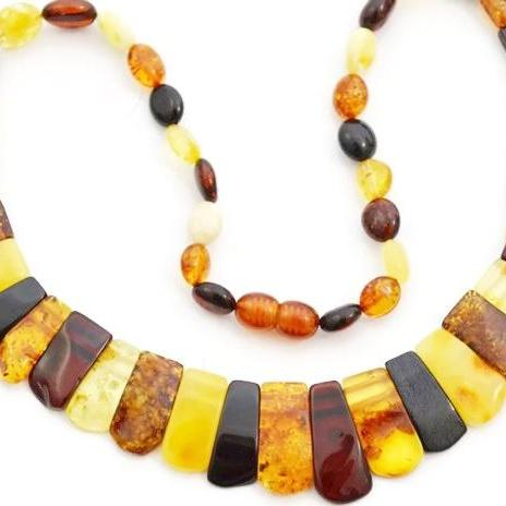 Baltic amber necklace. Multicolored amber necklace women's jewelry, amber kolje necklace with true amber. Amber necklace shop gift. 0676